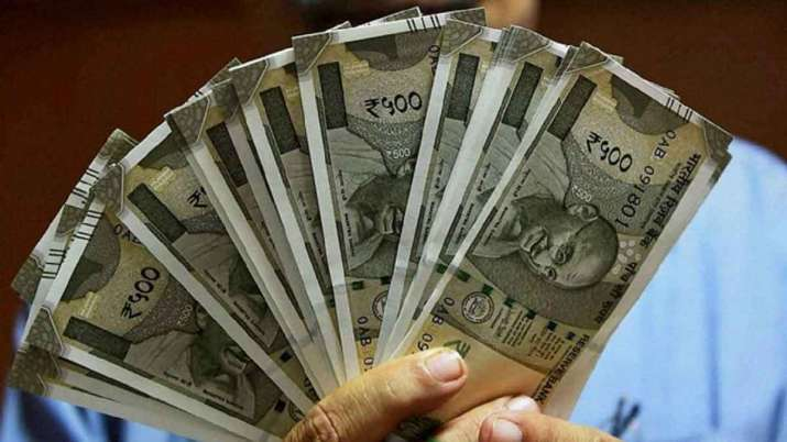 Axis Bank to offer salary hikes to employees- India TV Paisa