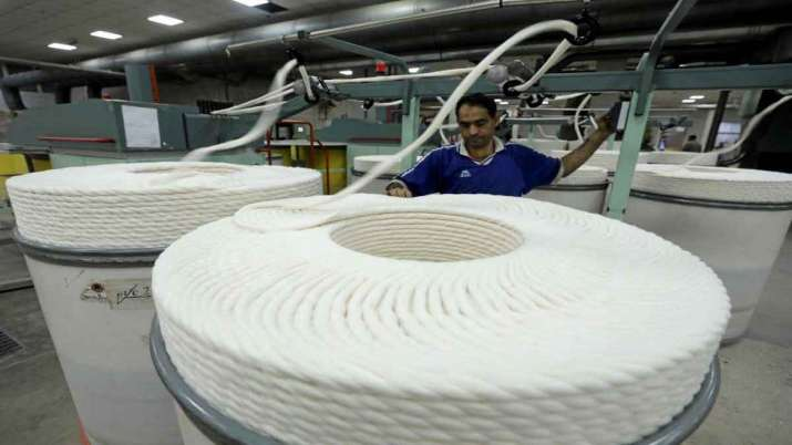 Welspun India provides job to 500 migrant workers - India TV Paisa