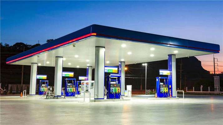 अगले 3 साल में 1000 LNG स्टेशंस लगेंगे, इन पर 10000 करोड़ रुपए का निवेश होगा: धर्मेंद्र प्रधान- India TV Paisa