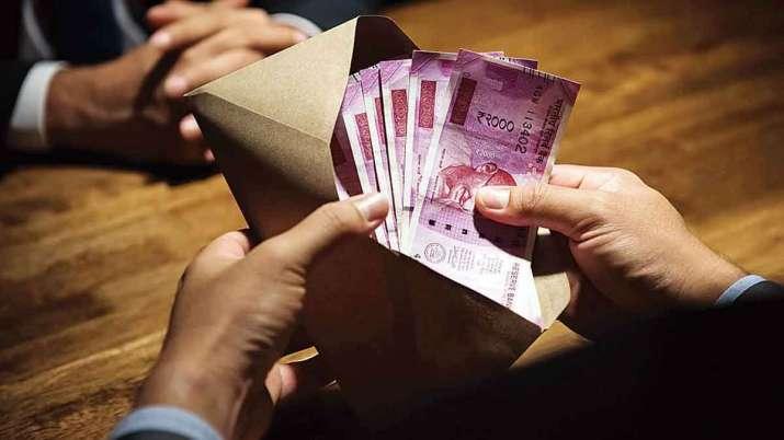 रोजाना 5 घंटे काम करने से होगी 70,000 रुपये की कमाई, जल्दी करें आप भी यहां अप्लाई  - India TV Paisa