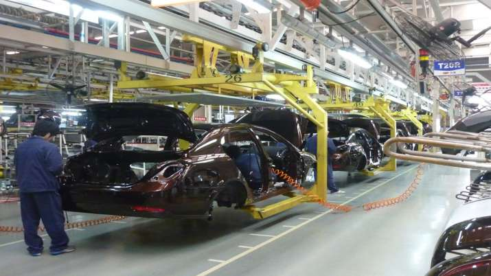 Parliamentary panel reports automotive industry suffered Rs 2,300 crore loss per day in lockdown- India TV Paisa