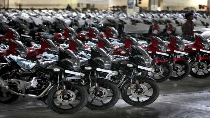 Bajaj Auto sales up 11 pc in December at 3,72,532 units- India TV Paisa