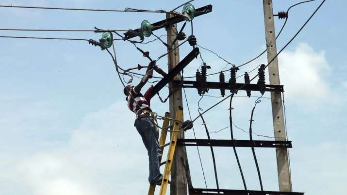 Power ministry drafts consumers' rights for 24X7 electricity- India TV Paisa