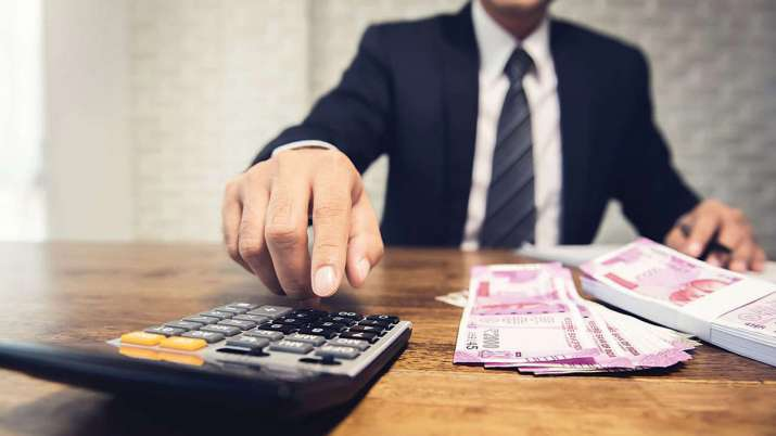 EPF deduction on 100 pc gross pay, BMS demands - India TV Paisa