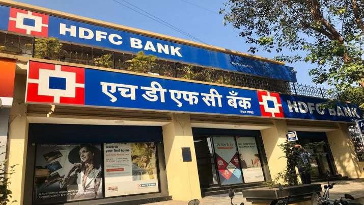 RBI asks HDFC Bank to stop digital activities, sourcing new credit card customers- India TV Paisa