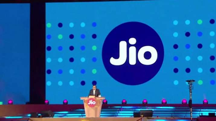 Jio working with Realme, others to bring down device prices- India TV Paisa