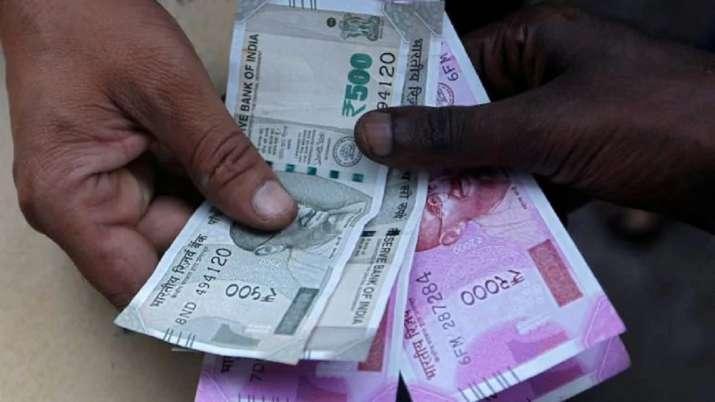सावधान! नए साल में महंगी हो सकती हैं यह चीजें, अभी खरीदें ना लें रिस्क- India TV Paisa