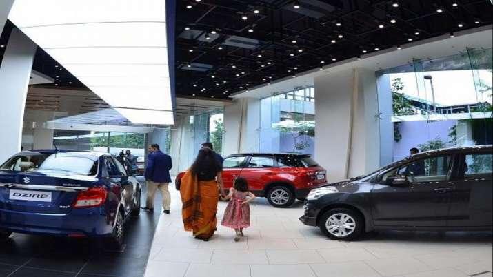 Passenger vehicle retail sales rise 4 pc in Nov on festive demand, says FADA- India TV Paisa