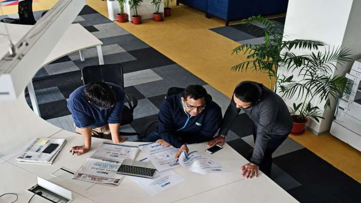 Paytm putting efforts to hire staff from smaller towns with WFH, FY20 loss narrows to Rs 2,942.3 cr- India TV Paisa