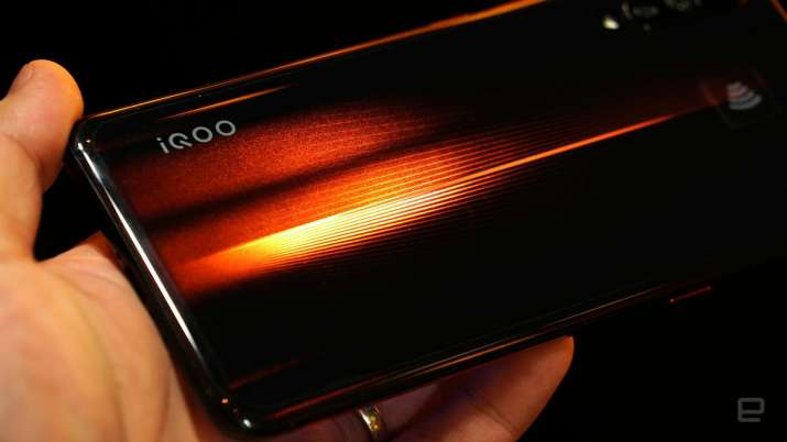 iQOO 7 with Snapdragon 888, triple rear cameras launched- India TV Paisa