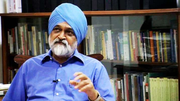 Country's economy is gradually recovering, says Montek- India TV Paisa