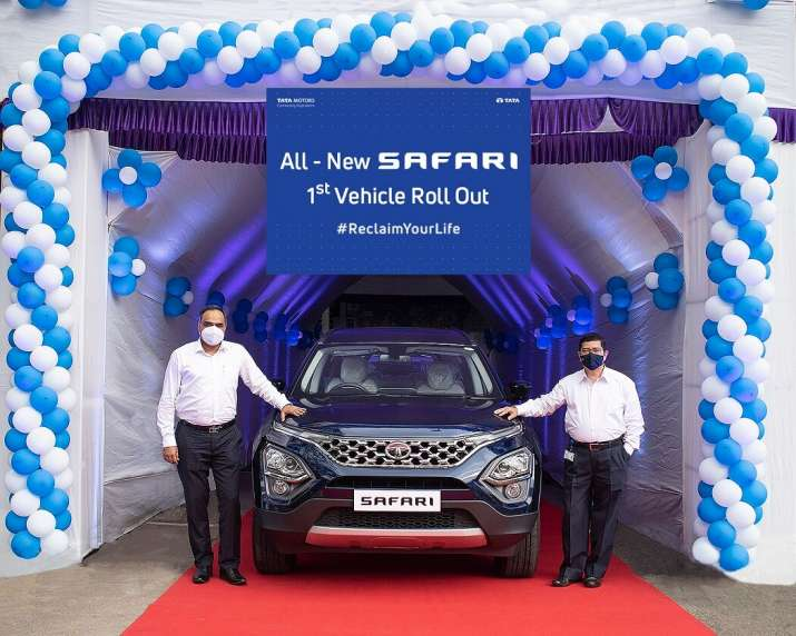 2021 Tata Safari unveiled- India TV Paisa