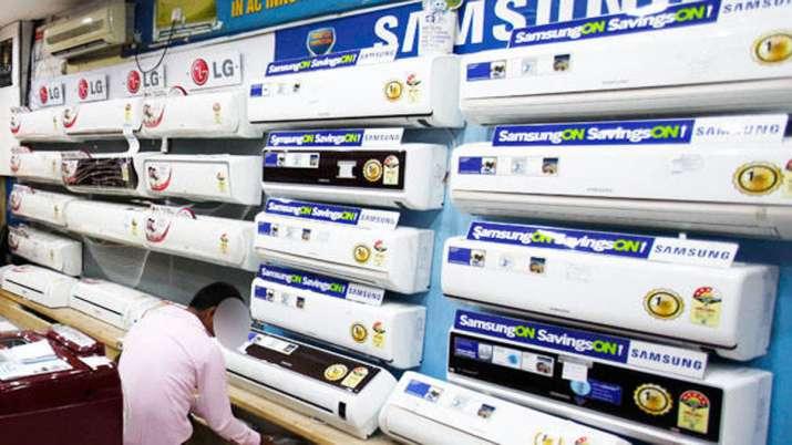 वित्त समिति ने LED, AC के लिए PLI प्रस्ताव को मंजूरी दी- India TV Paisa