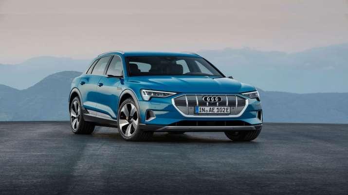 Audi अगले 2-3 महीने में भारतीय बाजार में इलेक्ट्रिक ई-ट्रॉन श्रृंखला के वाहन उतारेगी- India TV Paisa
