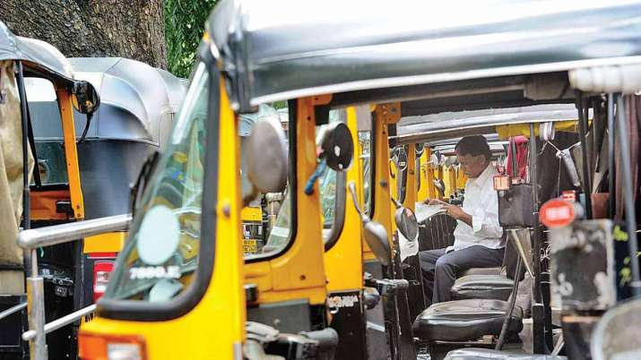 New fares for auto-rickshaws, taxis come into force in Mumbai - India TV Paisa