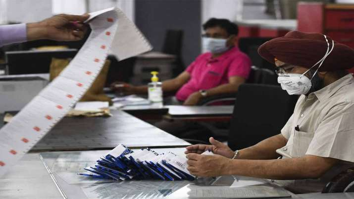 Modi govt has no plan to introduce four-day work week in government offices- India TV Paisa