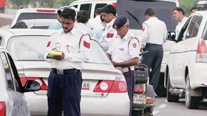 चेतावनी! होली पर गाड़ी में किया यह काम तो कटेगा 15000 रुपए का चालान और 2 साल की होगी जेल- India TV Paisa