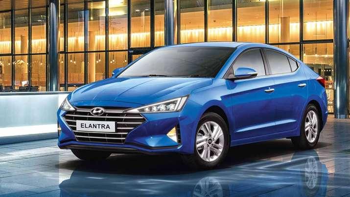 Hyundai elantra - India TV Paisa
