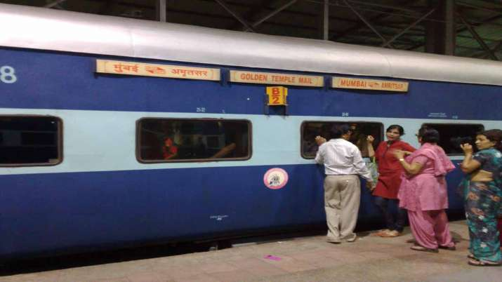 indian railways IRCTC announced good news three tier ac coaches available at lowest fare for passeng- India TV Paisa