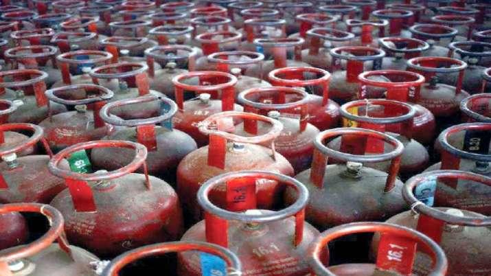 LPG price hike: पाकिस्तान की ऑयल एंड गैस रेगूलेटरी अथॉरिटी ने हाल ही में 2 मार्च को तरलीकृत पेट्रोल- India TV Paisa