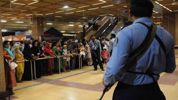 Pakistan issues fresh travel advisory, Nine more countries have been added to restricted category- India TV Paisa
