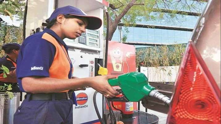 Good news After record surge, petrol, diesel and LPG prices to fall- India TV Paisa