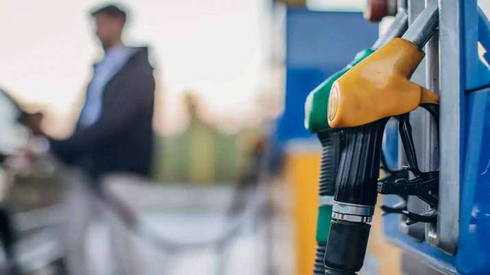Good News Petrol diesel price 25 march 2021 dropped today in india check per litre citywise rate lis- India TV Paisa