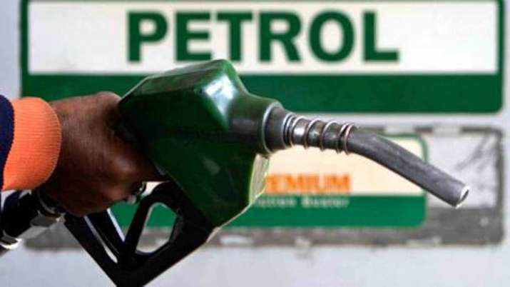 Petrol prices in Pakistan lower than india and other countries in region- India TV Paisa