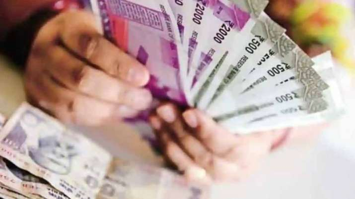 modi government relief on PF tax free upto rupees 5 lakhs without employer contribute check details- India TV Paisa