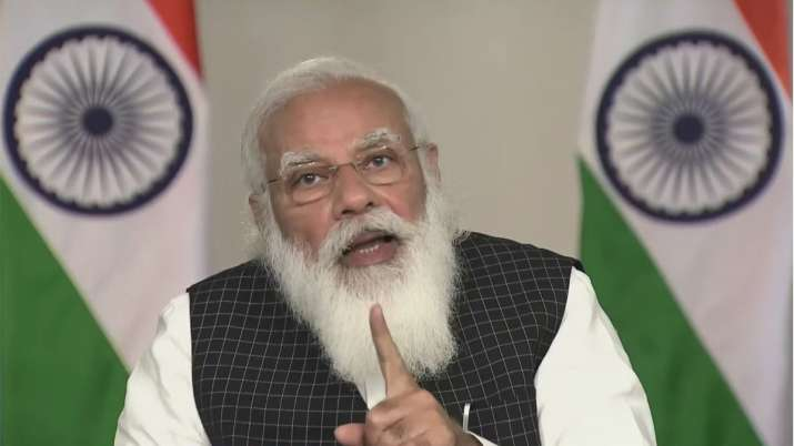 """एक्शन मोड में प्रधानमंत्री मोदी, मुख्यमंत्रियों से कहा-कोरोना की """"सेकंड पीक"""" को तुरंत रोकना होगा"""