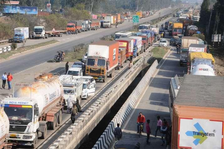 4 करोड़ वाहन आ सकते...- India TV Paisa
