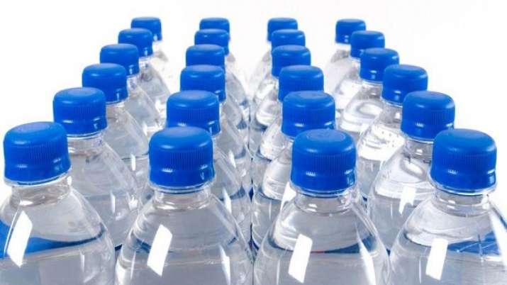 पैकेटबंद पानी बेचने...- India TV Paisa