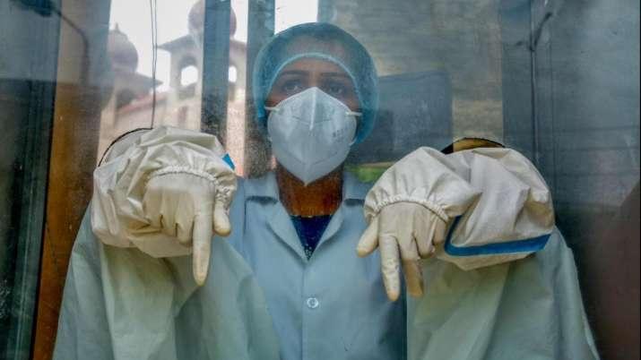 कुंभ 2021: होटल में 76 कोरोना संक्रमित मिलने से मचा हड़कंप, 3 दिन के लिए किया गया बंद