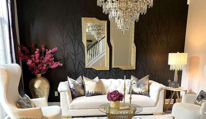 Vastu Tips: सोने को सफेद रंग की चीजों के साथ रखने से मिलेगा फायदा, लेकिन इन बातों का रखें खास ध्यान