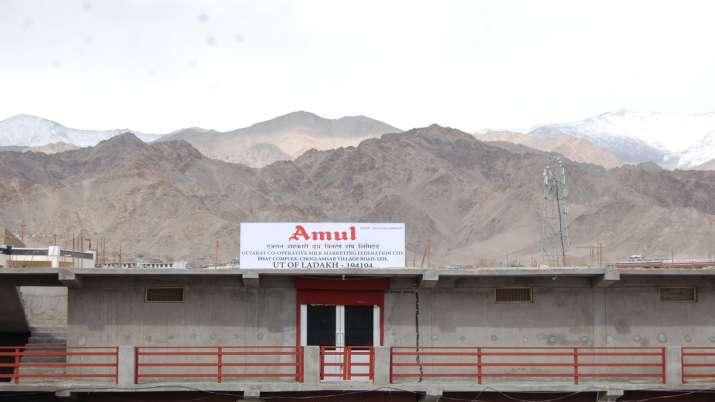 चीन के बार्डर पर भी मिलेंगे Amul के प्रोडक्ट्स, कंपनी ने खोला आउटलेट- India TV Paisa