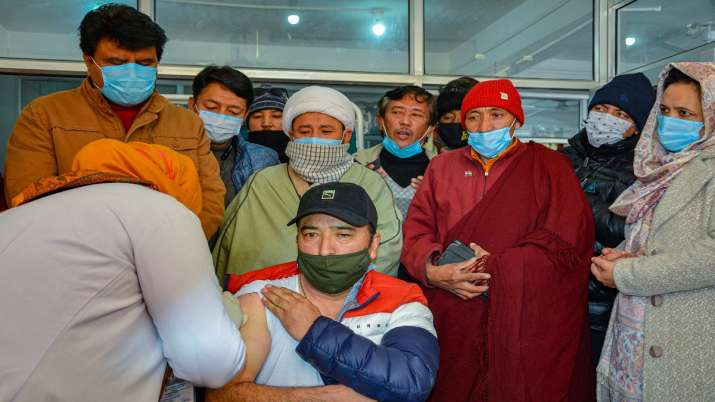 Chinese companies considers mixing vaccines, booster shots- India TV Paisa