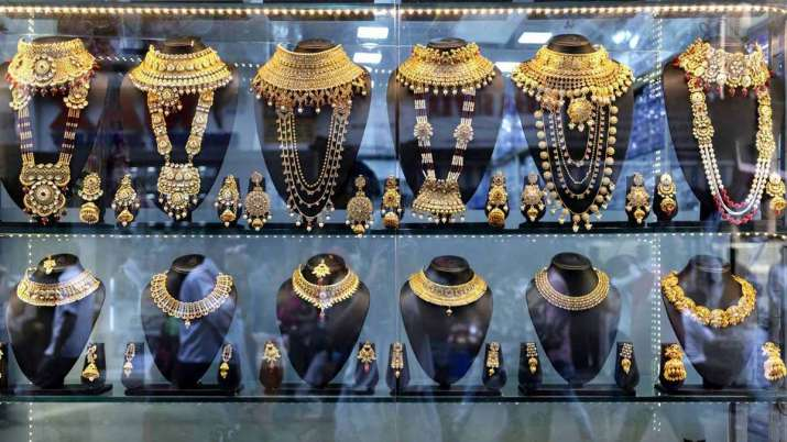 Gold Prices Today-8 April 2021 Gold rate jumps Rs 182 silver zooms Rs 725- India TV Paisa