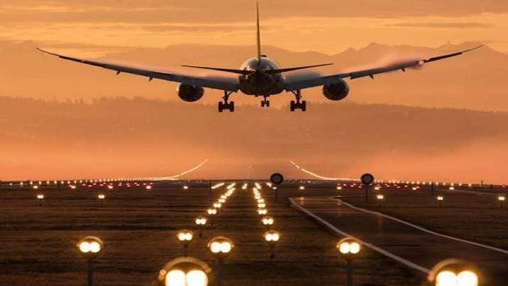 UAE,Kuwait, Iran and Oman bans flights from India - India TV Paisa