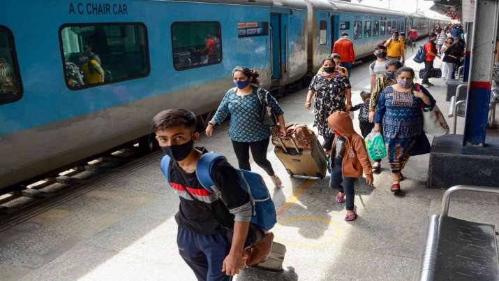 Indian Railways achieves highest ever scrap sale in Financial Year 2020-21- India TV Paisa