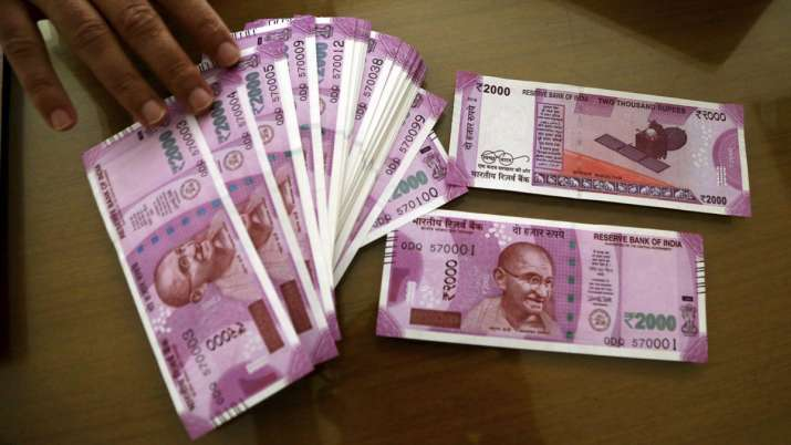 First time in last 8 month Rupee slips below Rs75 per USD level - India TV Paisa