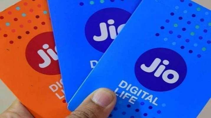 Jio यूजर्स के लिए खुशखबरी, IPL से पहले कंपनी ने लॉन्च किए नए रिचार्ज प्लान - India TV Paisa