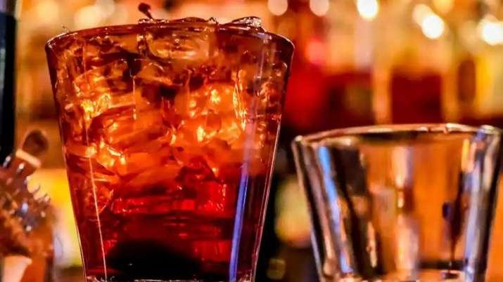 शराब होगी सस्ती, यहां शराब पर कोविड19 शुल्क समाप्त किया गया- India TV Paisa