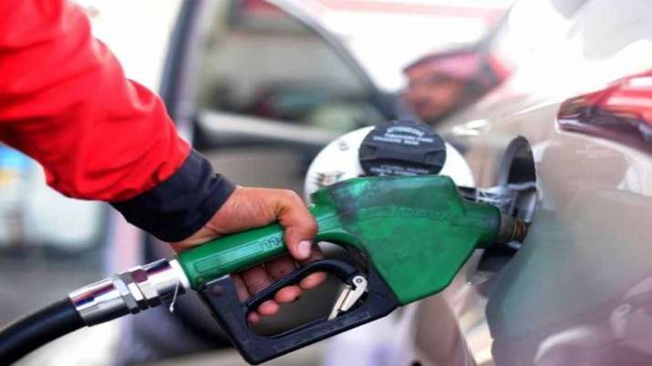 Petrol diesel Prices cut by up to 2.5pc in pakistan- India TV Paisa