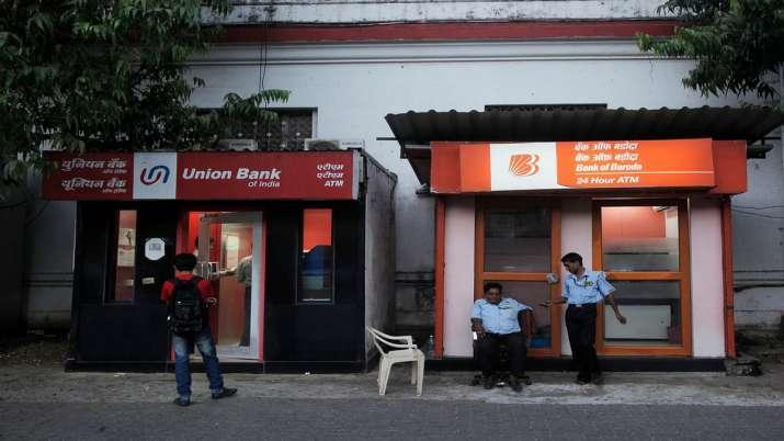 2 public sector banks privatisation soon NITI Aayog to finalise names  - India TV Paisa