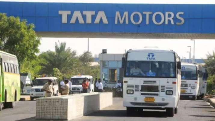 lockdown impact Tata Motors halts production at Pune plants till April 30- India TV Paisa