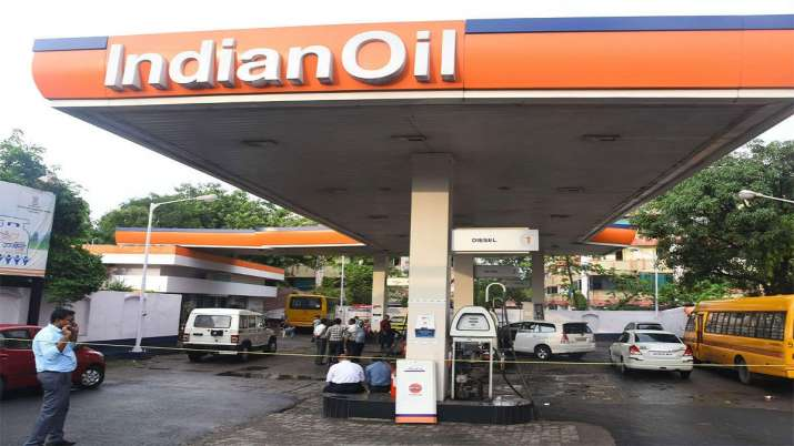 COVID to shave-off 25pc of auto fuel demand in April- India TV Paisa