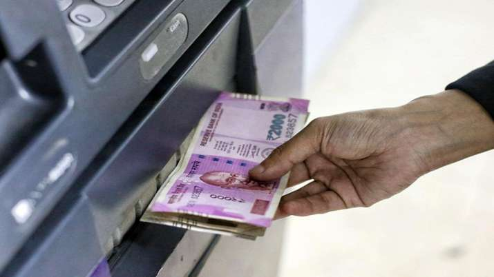 COVID-19 brings behavioural change people withdrawing larger amounts from ATMs - India TV Paisa