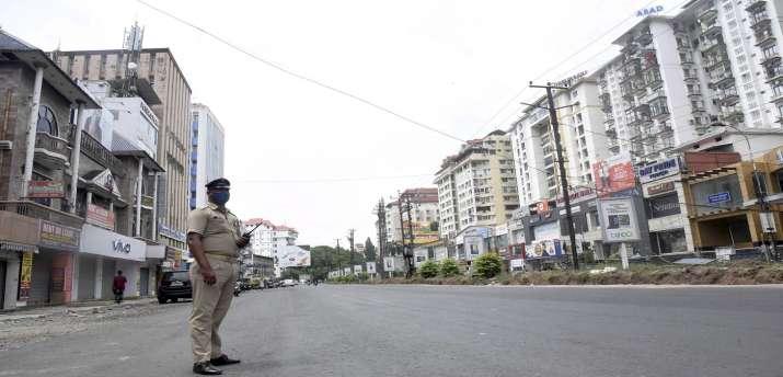 CAIT demanded lockdown extended till 17 may in  delhi - India TV Paisa