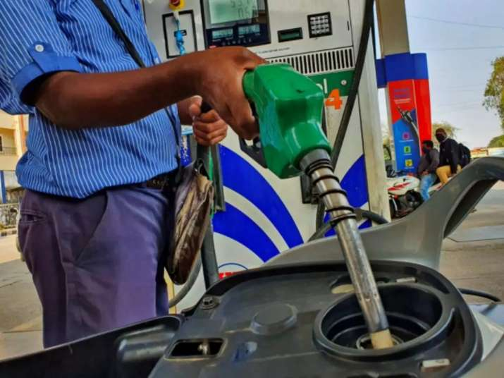 India's petrol-diesel sales drop in April on Covid-19 second wave- India TV Paisa