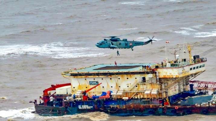 ONGC हादसे में 70 की...- India TV Paisa